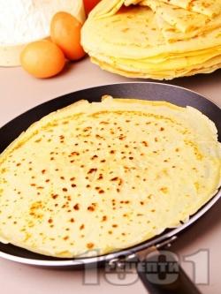 Лесни и бързи палачинки с кисело мляко и яйца - снимка на рецептата